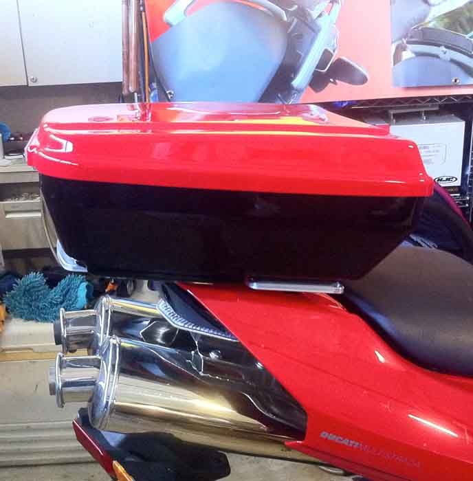 The TailGunner Ducati Top Case Multistrada 1000 Red & HG Black
